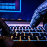 Хакеры взломали омский ИТ-банк и вывели из него 25 млн рублей