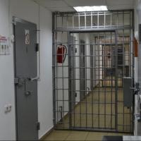 Омский суд оставил под стражей задержанного за взятку следователя