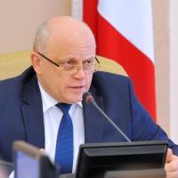 Губернатор потребовал от мэра навести порядок на улицах Омска