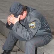 """Сотрудник омской транспортной полиции торговал """"спайсом"""""""