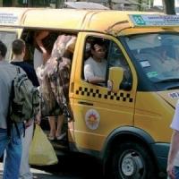 Омские маршрутчики не смогли добиться повышения тарифа до 25 рублей