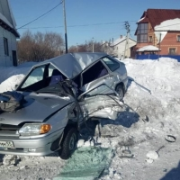 В Таре погиб водитель ВАЗа после столкновения с ГАЗом