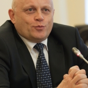 Омичи не смогут уволить губернатора Назарова