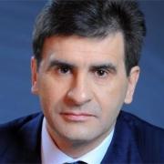 Сенатор Зуга планирует ввести в омских школах изучение казахского языка