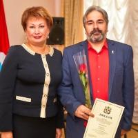 Выдающихся деятелей культуры наградили дипломами лауреатов премии Губернатора Омской области