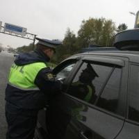 Омские автомобили проверят на наличие запрещенной тонировки стекол