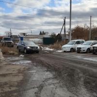 Автомобилисты продолжают искать пути проезда на Левобережье Омска