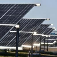 На омском НПЗ открыли первую солнечную электростанцию