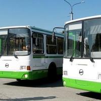 В Омске у трех автобусов изменят схему движения