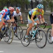 В памяти у всей страны. Велосипедисты всей России съехались на мемориал легендарного омского тренера