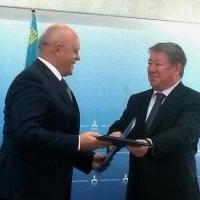 Глава Омской области подписал меморандум о сотрудничестве с Казахстаном в сфере «зеленых» технологий