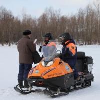 Омичей хотят штрафовать за выход на лед в запрещенных местах