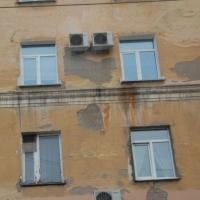Мэрию Омска обязали расселить граждан из аварийного жилья через суд