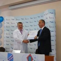 Банк ВТБ подарил омской детской больнице аппарат для анестезии за полтора миллиона