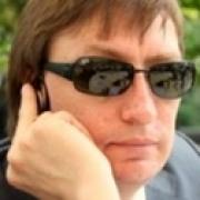 Режиссеру Николаю Ярошенко не удалось покинуть Омск