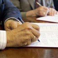«Омскэлектро» и «МРСК Сибири» удалось договориться