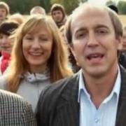 """Омские актёры спели про """"батю"""""""