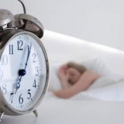 Омичи будут просыпаться на час раньше