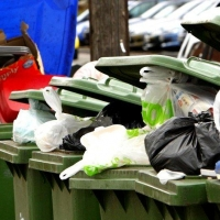 Регоператор по вывозу мусора посчитал свой тариф для Омской области