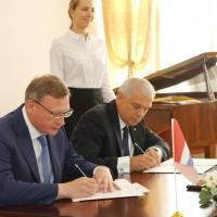 Бурков и Понявин подписали соглашение о проведении Дельфийских игр в Омске