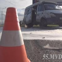 В Омске шестеро пострадали в столкновении маршрутки с иномаркой