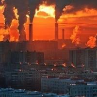 Жители Омска снова жаловались на неприятный запах