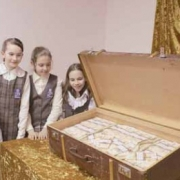 Деньги пахнут и трепещут -   утверждает новая экспозиция в краеведческом музее