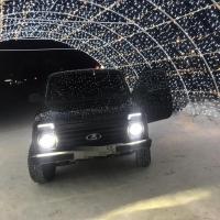 Омские автомобилисты устроили из Арки желаний фотозону