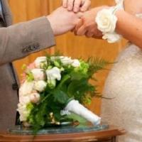 Ради свадьбы вахтовик и 15-летняя омичка решили сделать ребенка