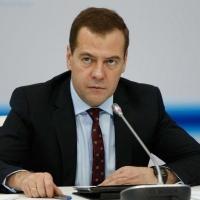 Во время визита в Омск Дмитрий Медведев проведет совещание об инвестициях в нефтехимии