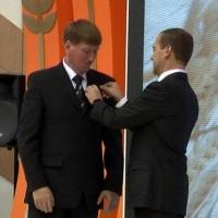 Аграрий из Омска получил медаль «За заслуги перед Отечеством» из рук Дмитрия Медведева