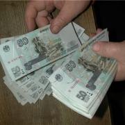 Омич украл более полумиллиона рублей у собутыльницы, продавшей дом