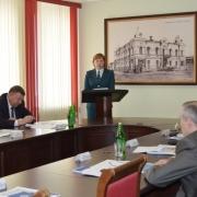 Омские маршрутчики официально зарабатывают 2600 рублей в месяц