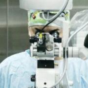 Омские микрохирургии восстановили руку рабочему