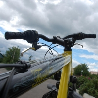 В Омске сбили юного велосипедиста на «зебре»