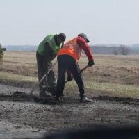Дорожники вывезли из Омска 40 тысяч кубометров грязи