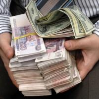 Налоговый инспектор из Омска пойдёт под суд