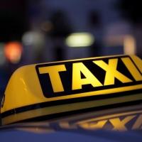 В Омске таксист убил пенсионерку по дороге в аэропорт
