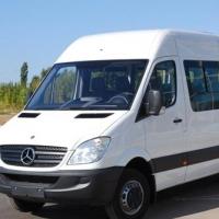 На трассе под Омском в аварию попала маршрутка с 15 пассажирами