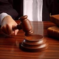 Причинивший ущерб на 27 млн рублей чиновник избежал наказания