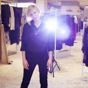 Бельгийский дизайнер выпускает коллекцию одежды под брэндом OMSK