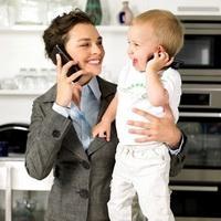 Более 10 процентов омичек готовы пожертвовать семьей ради карьеры