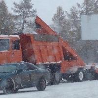Мэрия удвоила количество снегоуборочных машин на омских дорогах