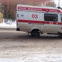 Житель Омской области избил фельдшера, которая загораживала проход в туалет