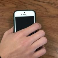 Рецидивистка похитила из квартиры омича сотовый телефон
