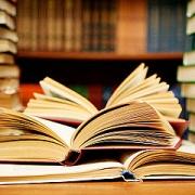 Омским школьникам и студентам выдадут учебники про пенсию