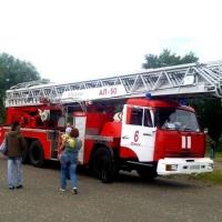 Омичей просят обеспечить беспрепятственный проезд пожарных во дворы жилых домов