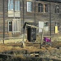 Омская мэрия по суду должна предоставить жилье для семьи из аварийного дома