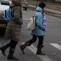 В Октябрьском округе омич сбил школьницу, нарушившую ПДД
