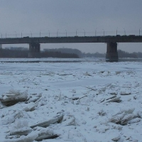 В Омске запретили выход на лед водоемов